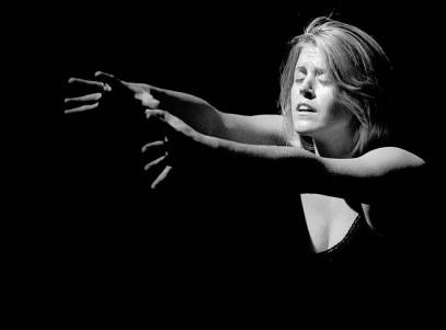 "Marissa Robinson in ""Free/Fall"" 2003 Mainstage by Len Falkenstein (photo: Stephen Moss)"