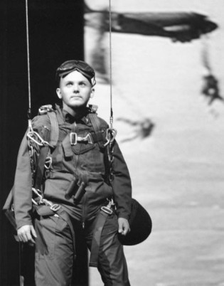 """Michael Morrison in """"Paratrooper"""" 2004 One Act by Mark Jarman (photo: Stephen Moss)"""
